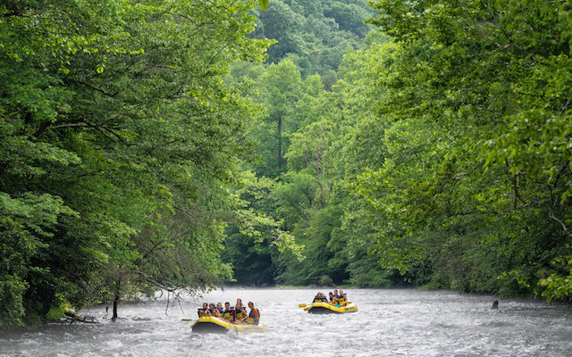 The beautiful Nantahala River